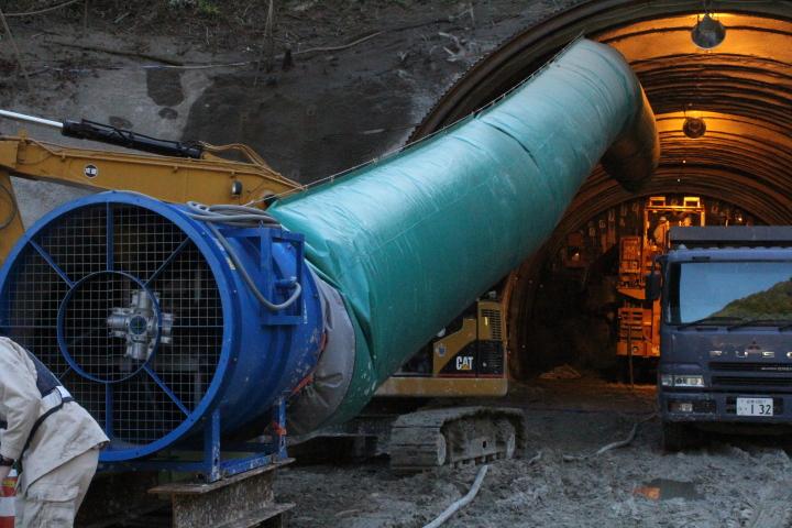 トンネル工事の現場を見て、すごい!と思いました。