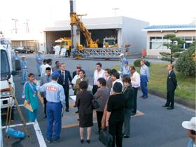 アジア諸国の国会議員による防災センター視察
